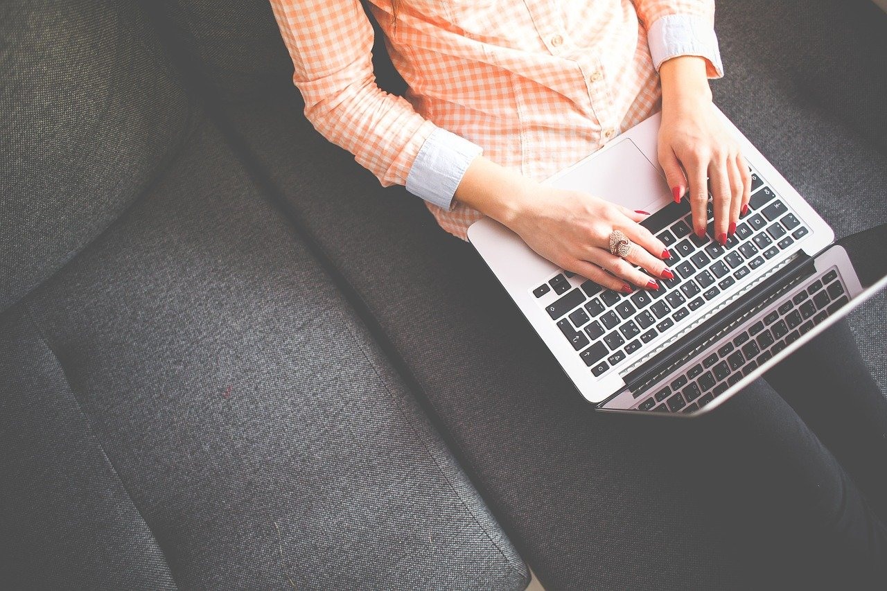 Pisanie wpisów na blogu firmowym. 6 wskazówek jak osiągnąć sukces.