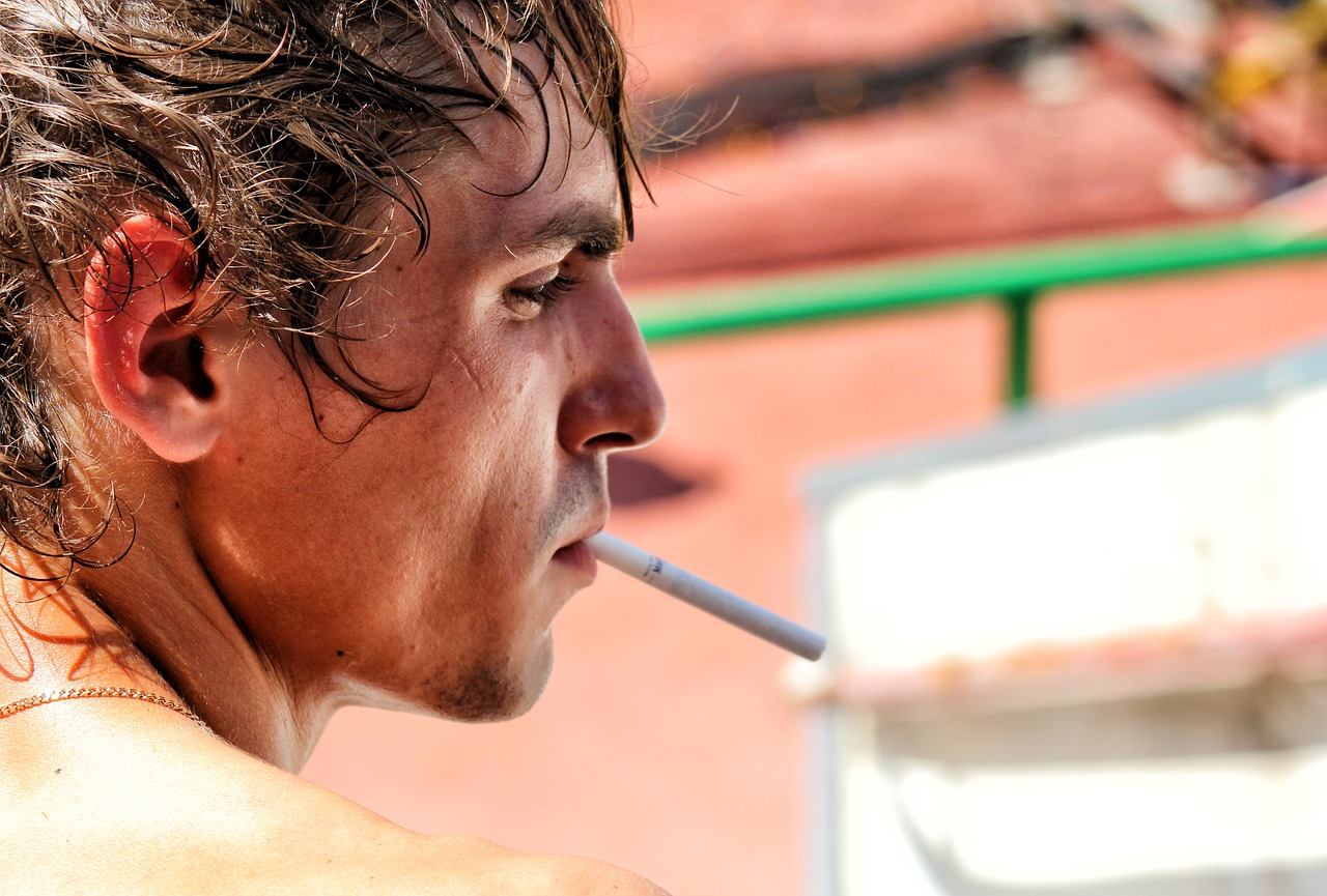 Sprawdzone sposoby na rzucenie palenia podczas wakacji